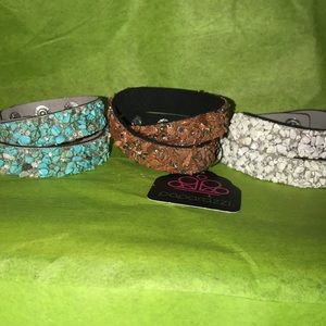 Crushed rock bracelets